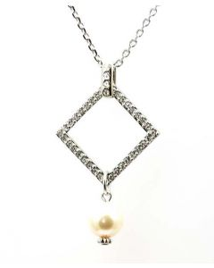 Ellugo Pearl Drop Pendant Made with Swarovski Crystals on 20 Inch Chain